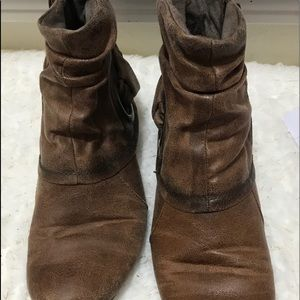 Bare traps ladies slouchy ankle boots sz 6.5 brown